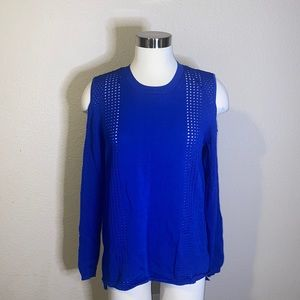 ONE A Sweater size L Color Blue